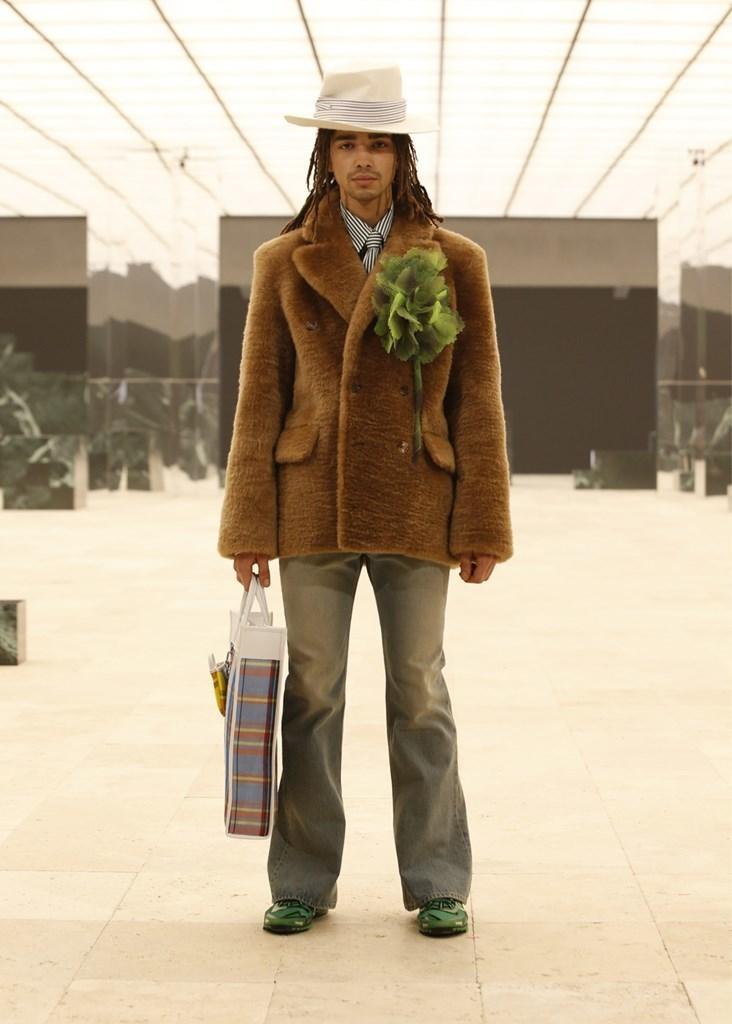 Louis Vuitton_Fall2021_Fashionela (49)