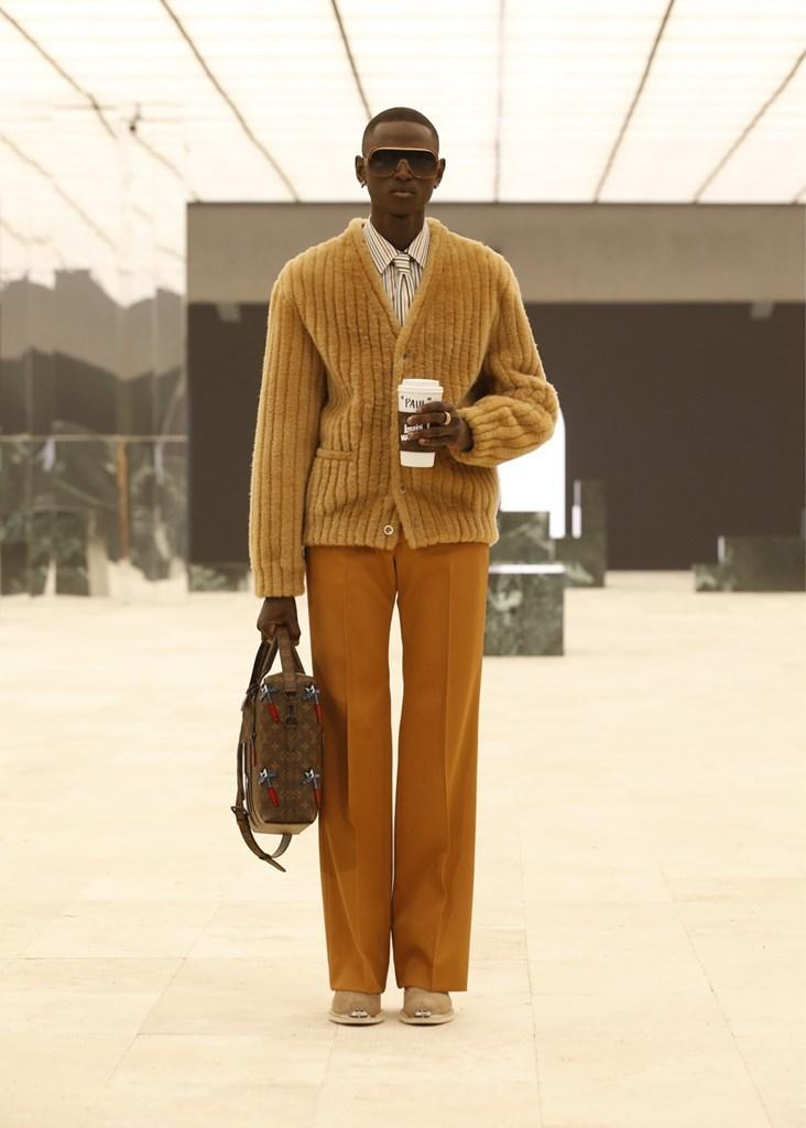 Louis Vuitton_Fall2021_Fashionela (52)