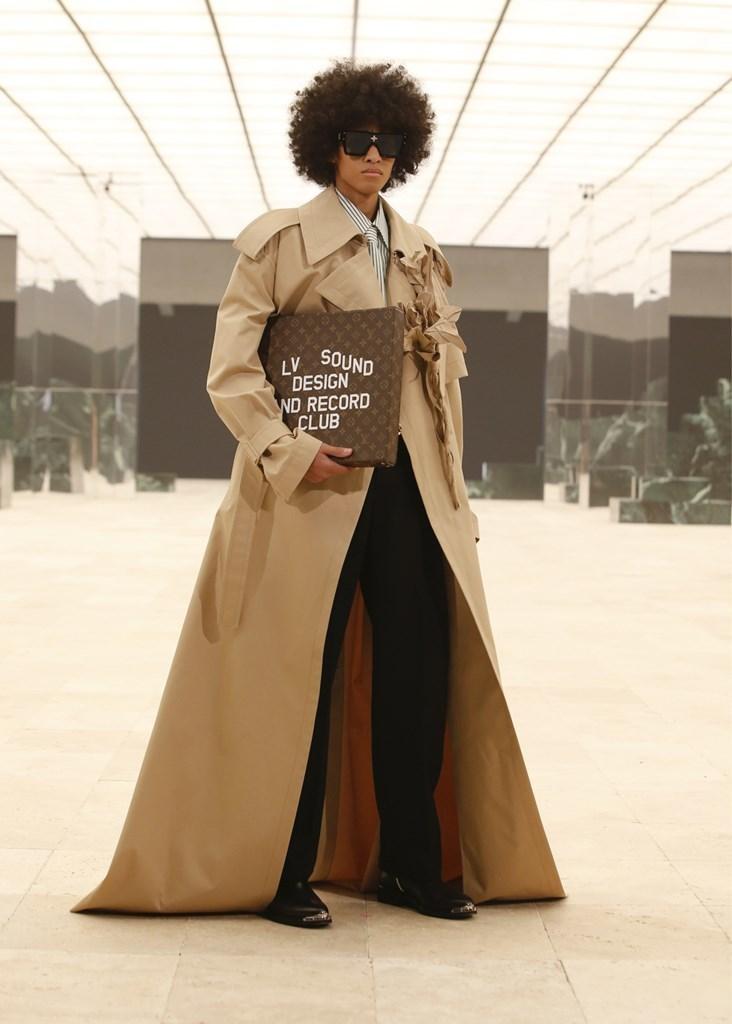 Louis Vuitton_Fall2021_Fashionela (53)