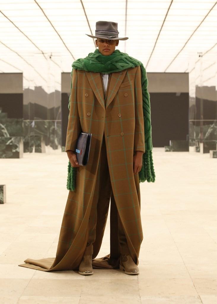 Louis Vuitton_Fall2021_Fashionela (58)