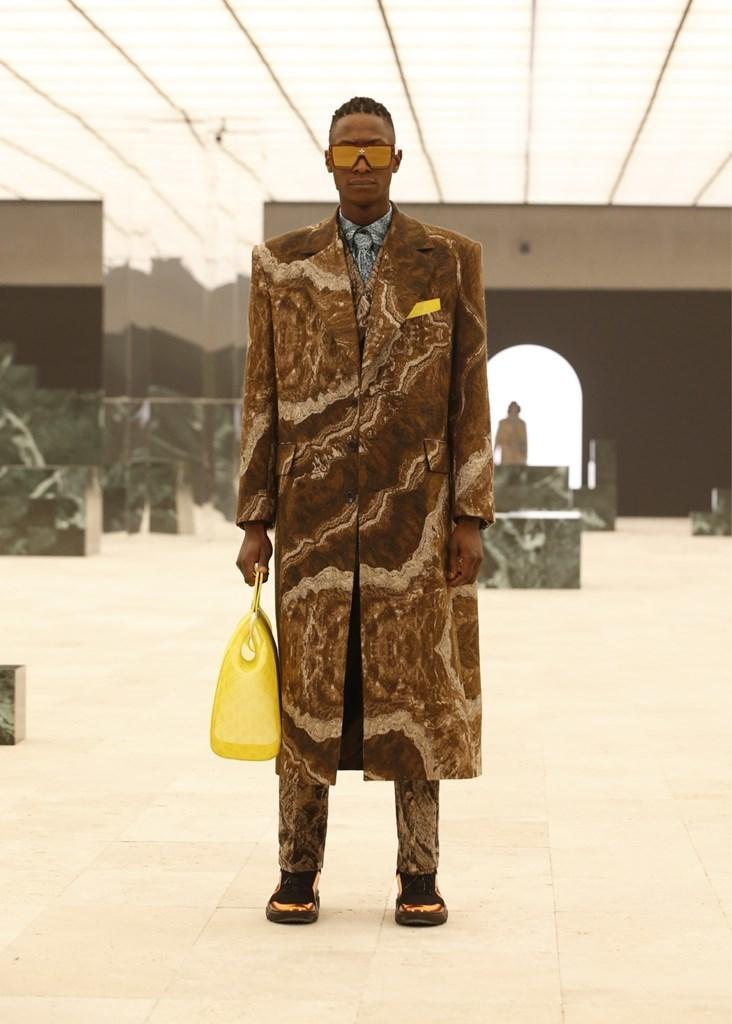 Louis Vuitton_Fall2021_Fashionela (59)