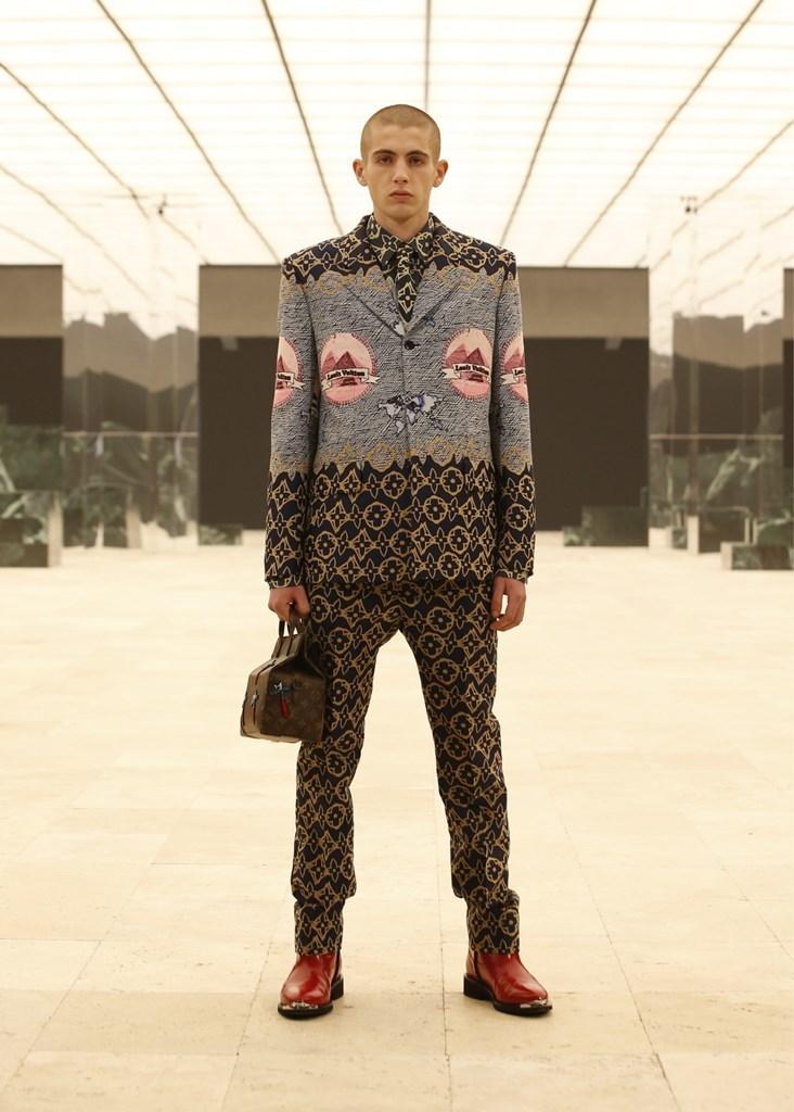 Louis Vuitton_Fall2021_Fashionela (68)