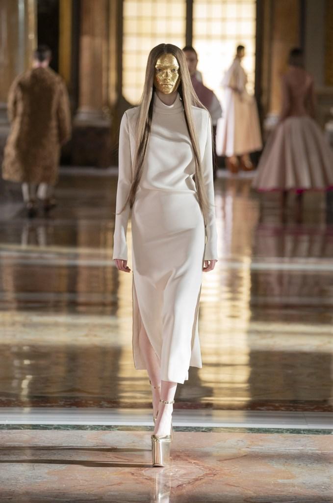 Valentino_SS21_Couture_Fashionela (14)