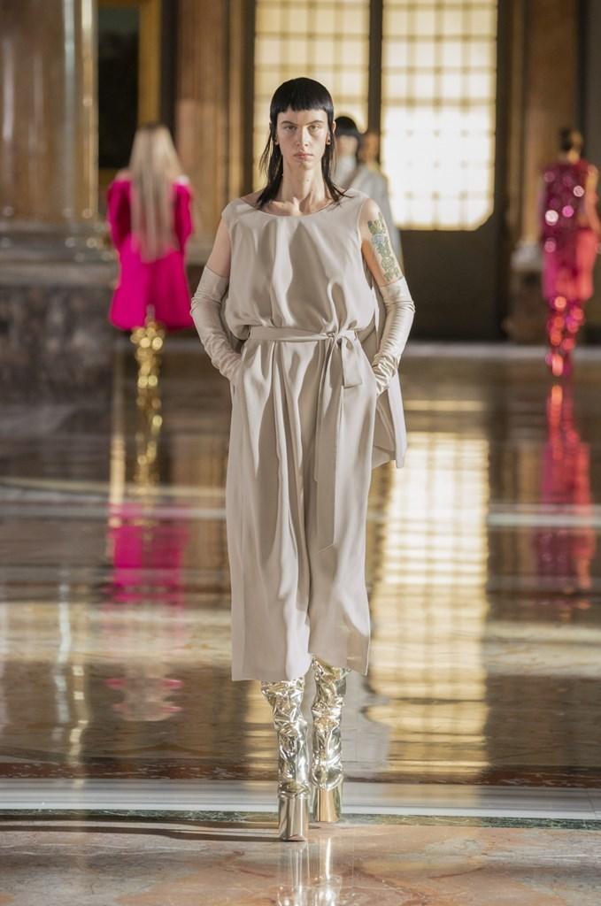 Valentino_SS21_Couture_Fashionela (16)