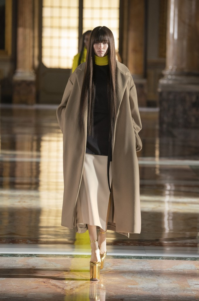 Valentino_SS21_Couture_Fashionela (20)