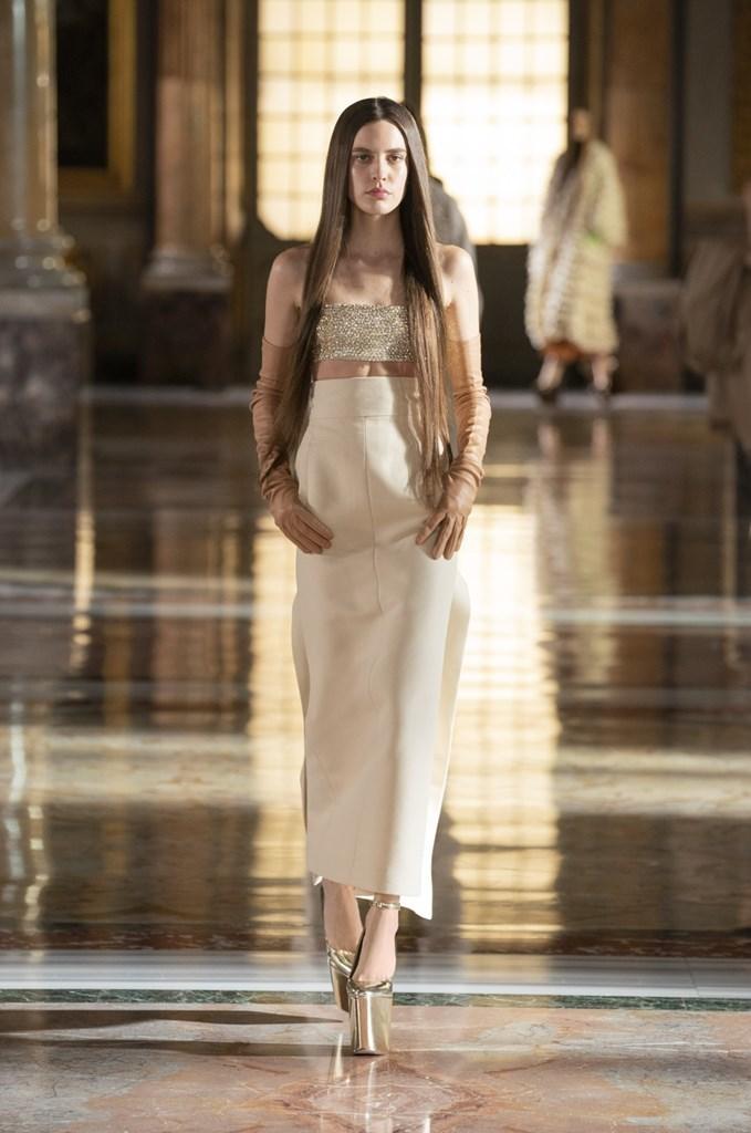Valentino_SS21_Couture_Fashionela (23)