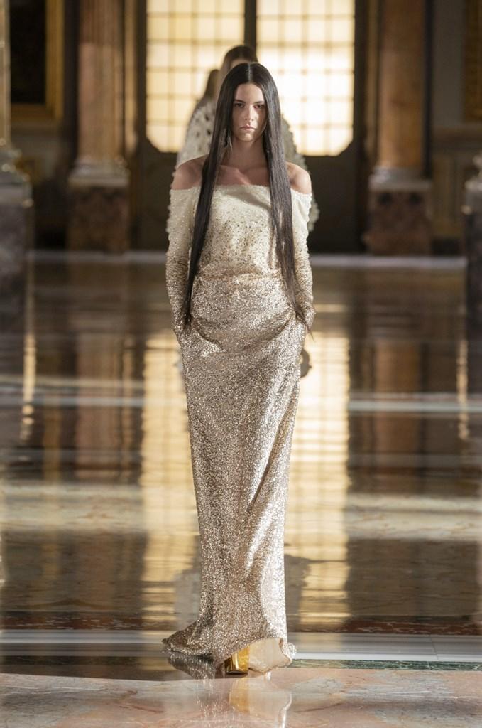 Valentino_SS21_Couture_Fashionela (25)