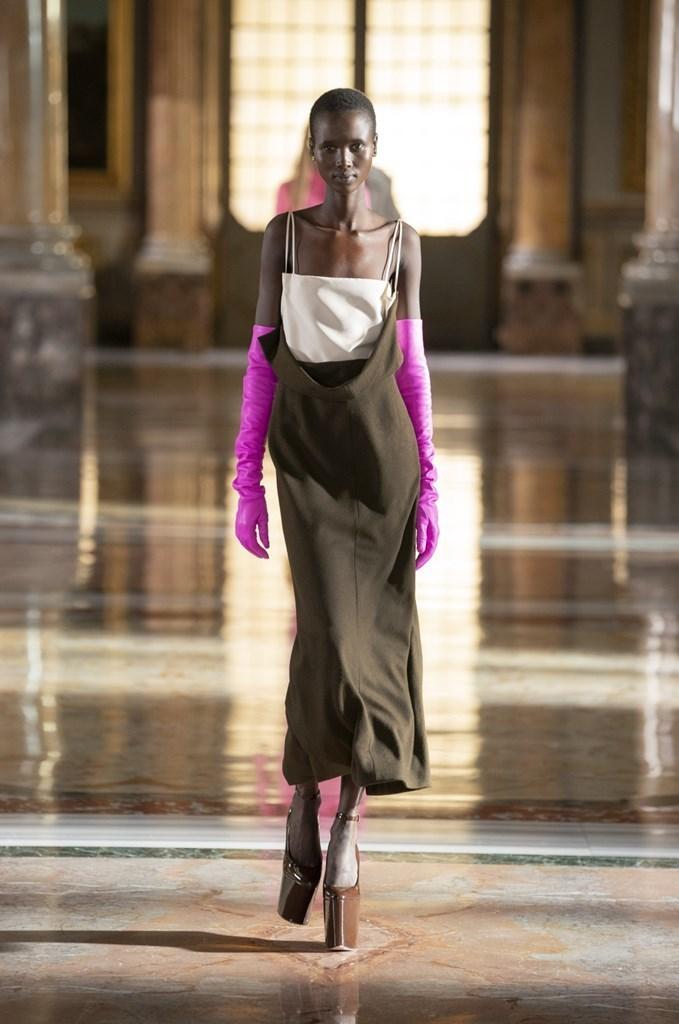 Valentino_SS21_Couture_Fashionela (3)