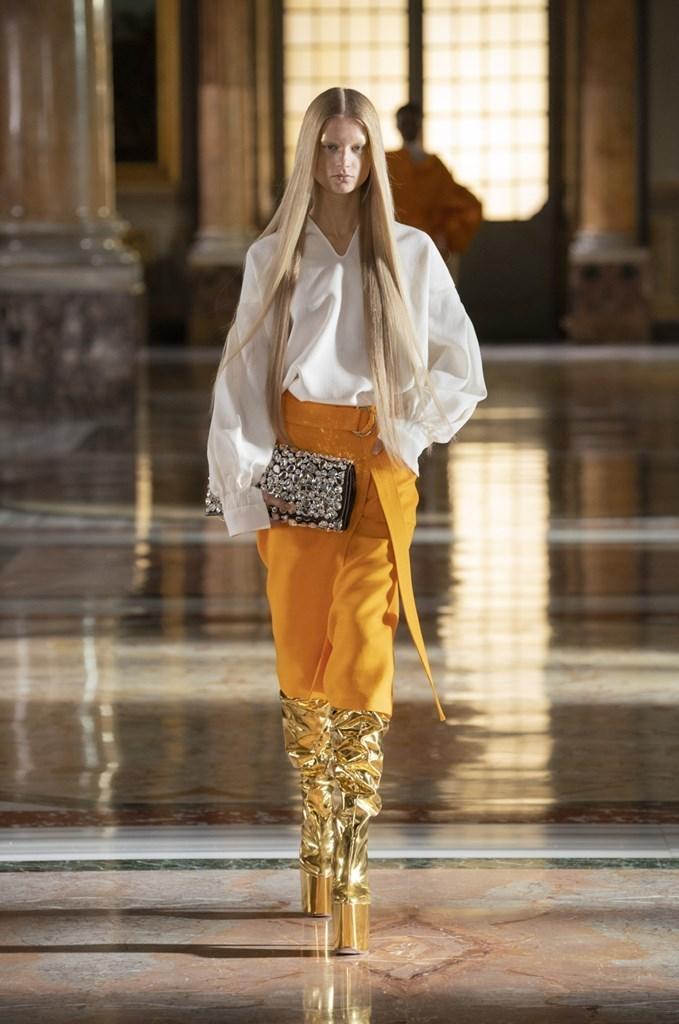 Valentino_SS21_Couture_Fashionela (42)