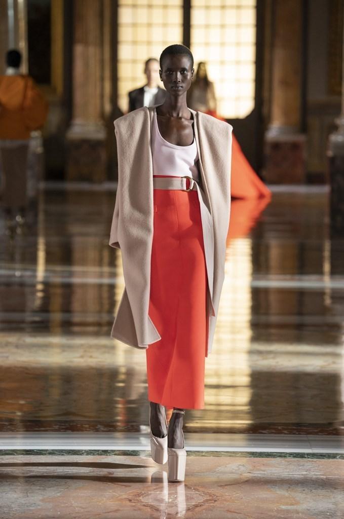 Valentino_SS21_Couture_Fashionela (47)