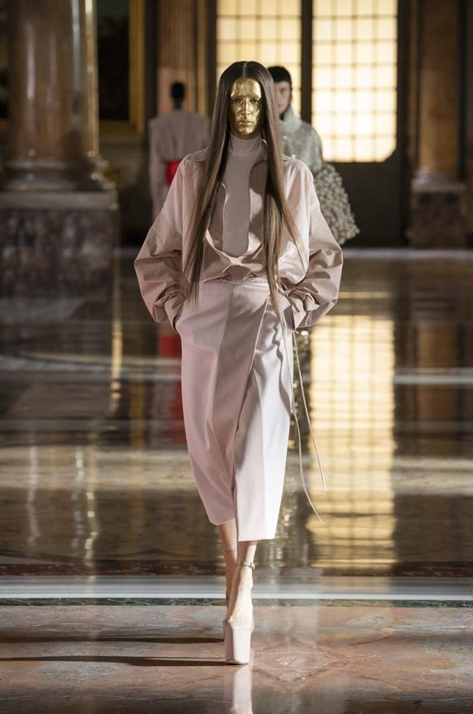 Valentino_SS21_Couture_Fashionela (50)