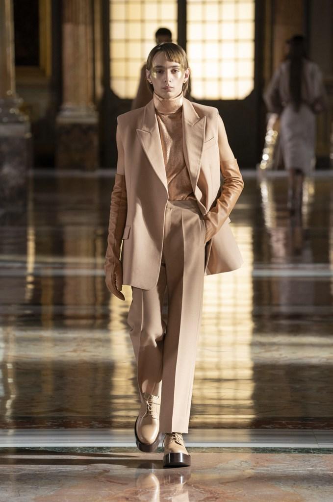 Valentino_SS21_Couture_Fashionela (52)