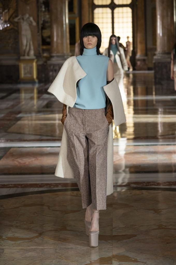 Valentino_SS21_Couture_Fashionela (56)