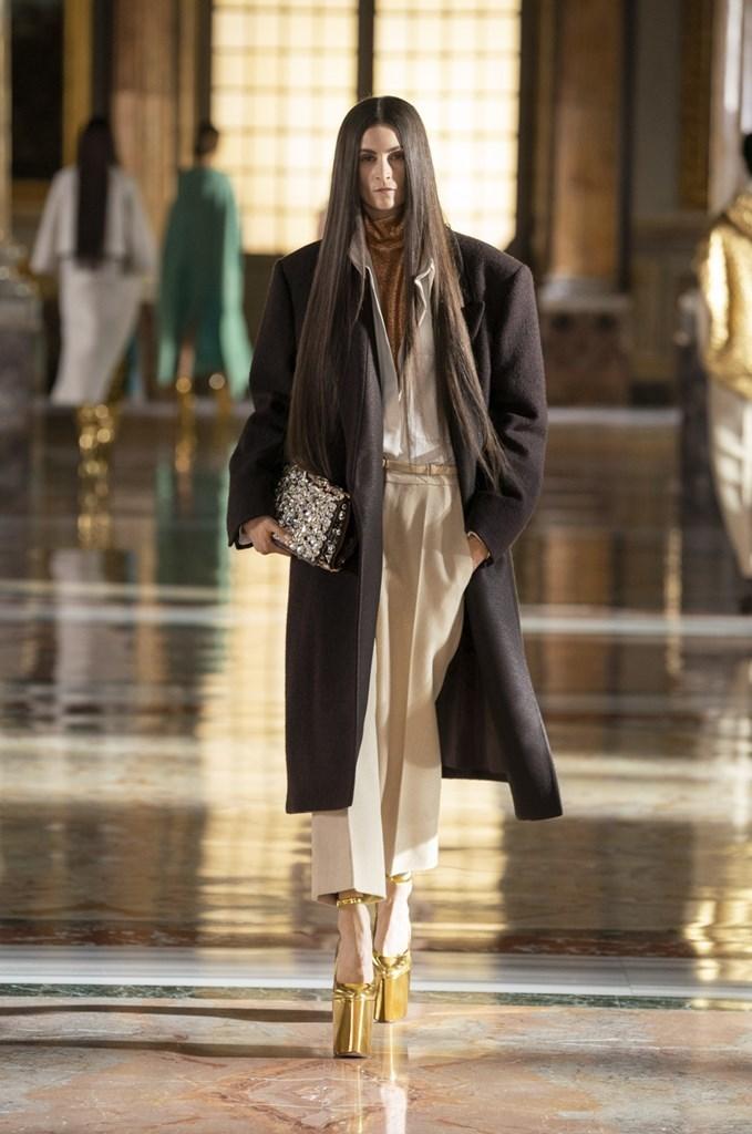 Valentino_SS21_Couture_Fashionela (60)