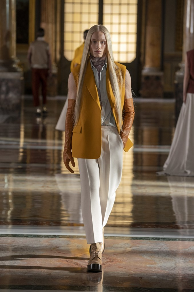Valentino_SS21_Couture_Fashionela (64)