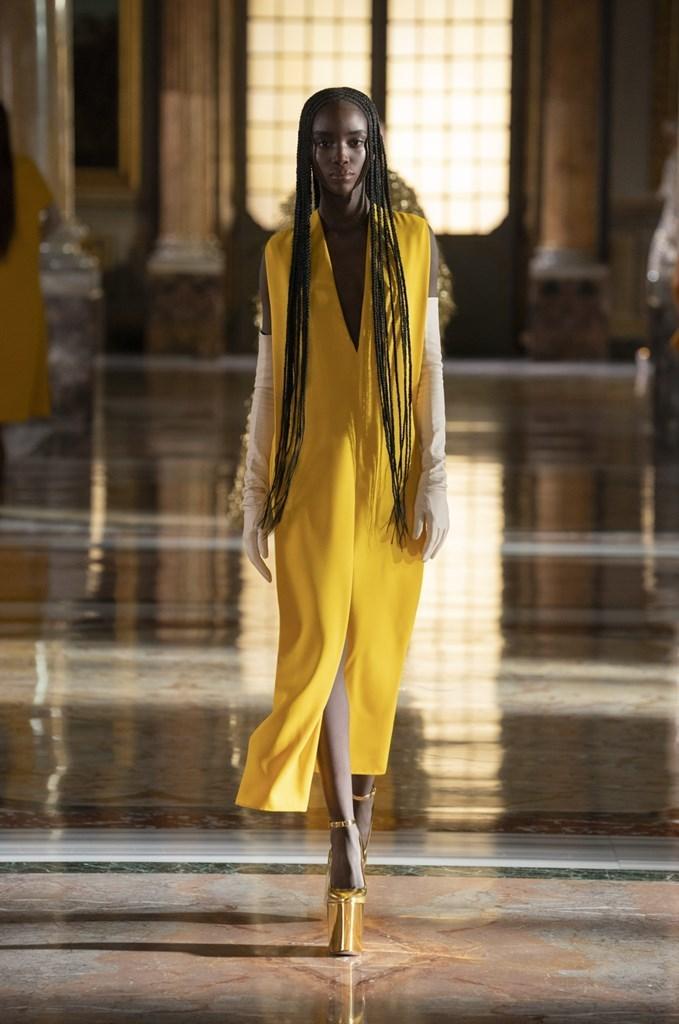 Valentino_SS21_Couture_Fashionela (66)