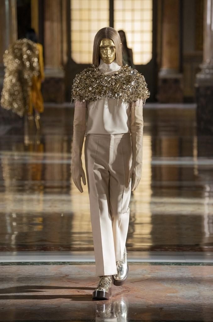 Valentino_SS21_Couture_Fashionela (70)
