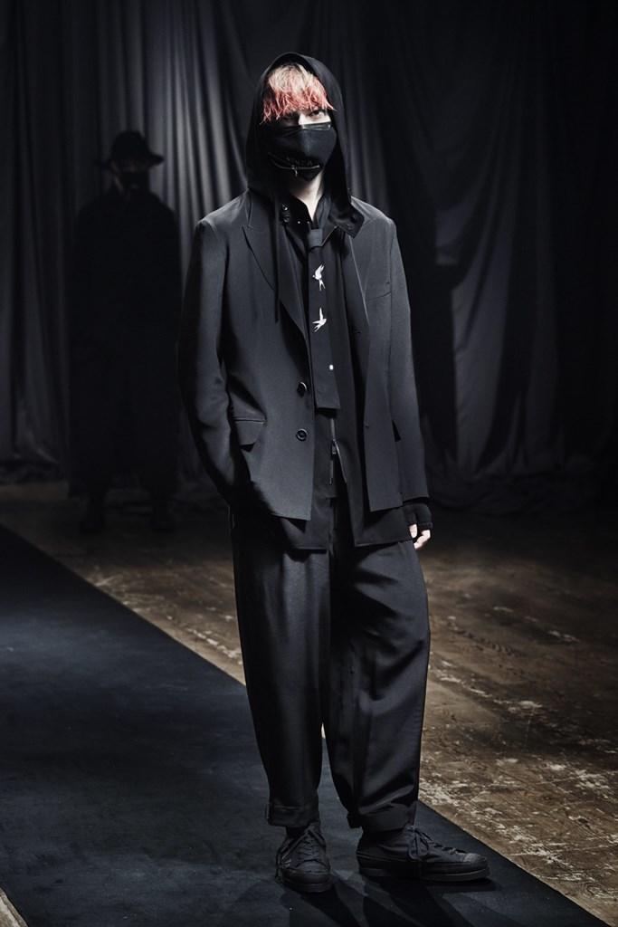 Yohji Yamamoto_Fall2021_Fashionela (12)