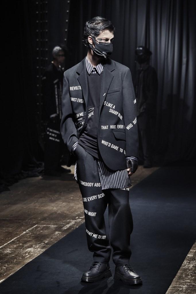 Yohji Yamamoto_Fall2021_Fashionela (15)