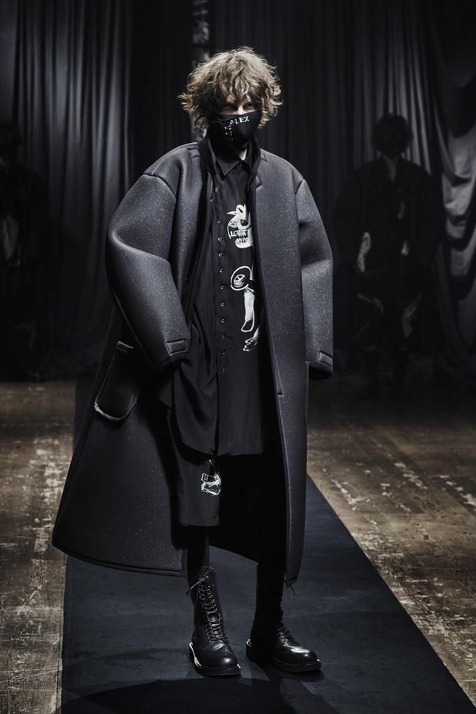 Yohji Yamamoto_Fall2021_Fashionela (2)