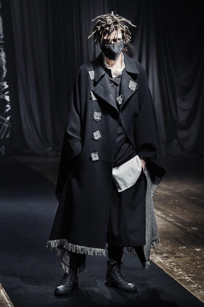 Yohji Yamamoto_Fall2021_Fashionela (22)