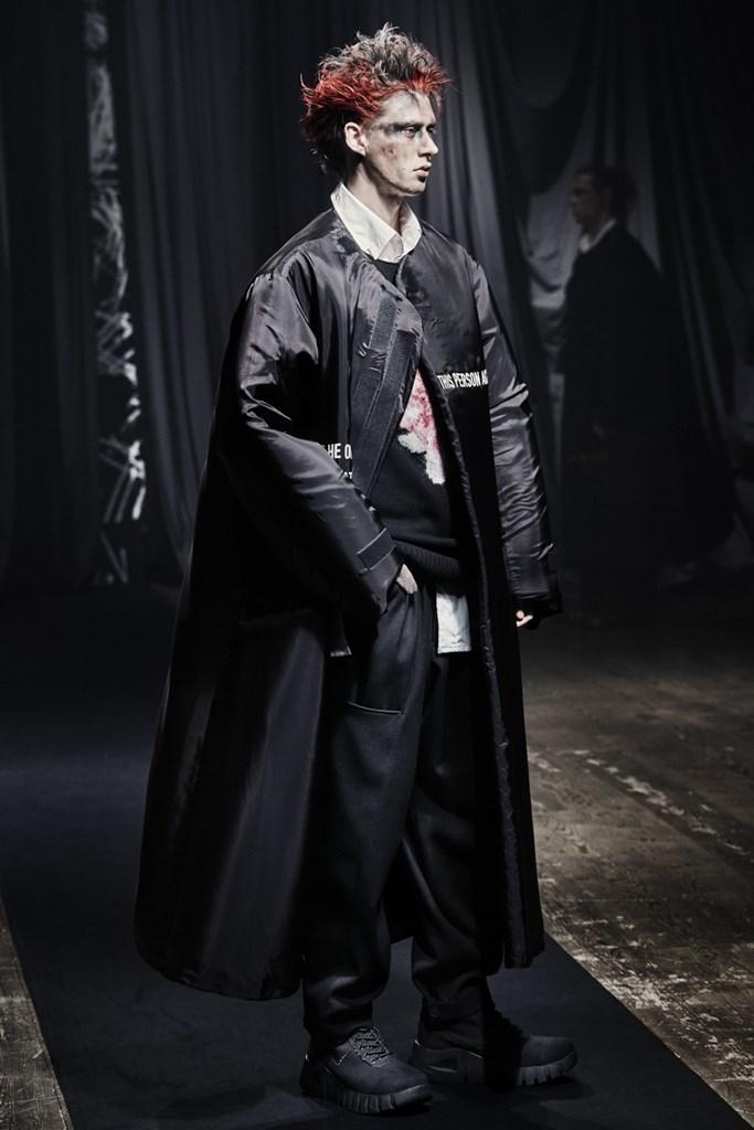 Yohji Yamamoto_Fall2021_Fashionela (24)
