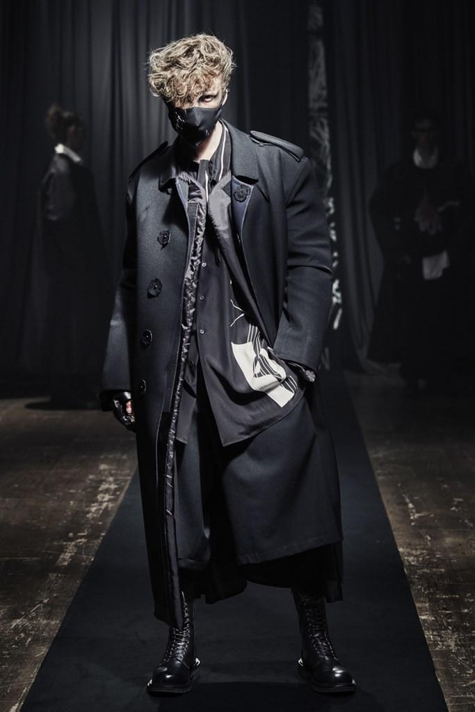 Yohji Yamamoto_Fall2021_Fashionela (26)