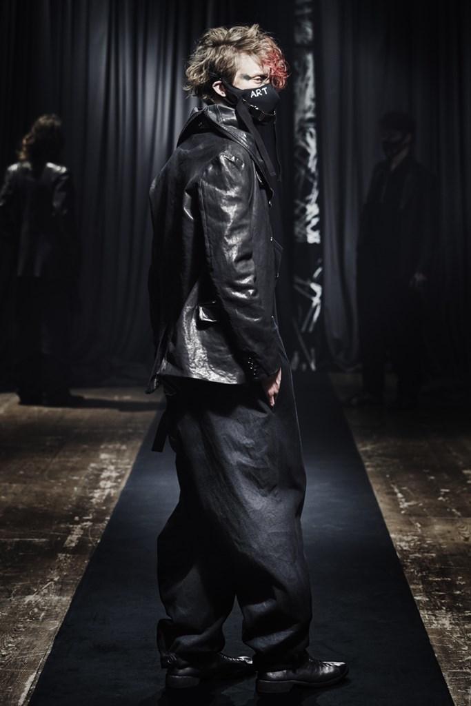 Yohji Yamamoto_Fall2021_Fashionela (9)