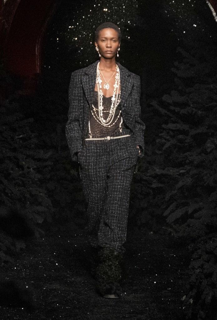 Chanel_Fall2021_Fashionela (20)