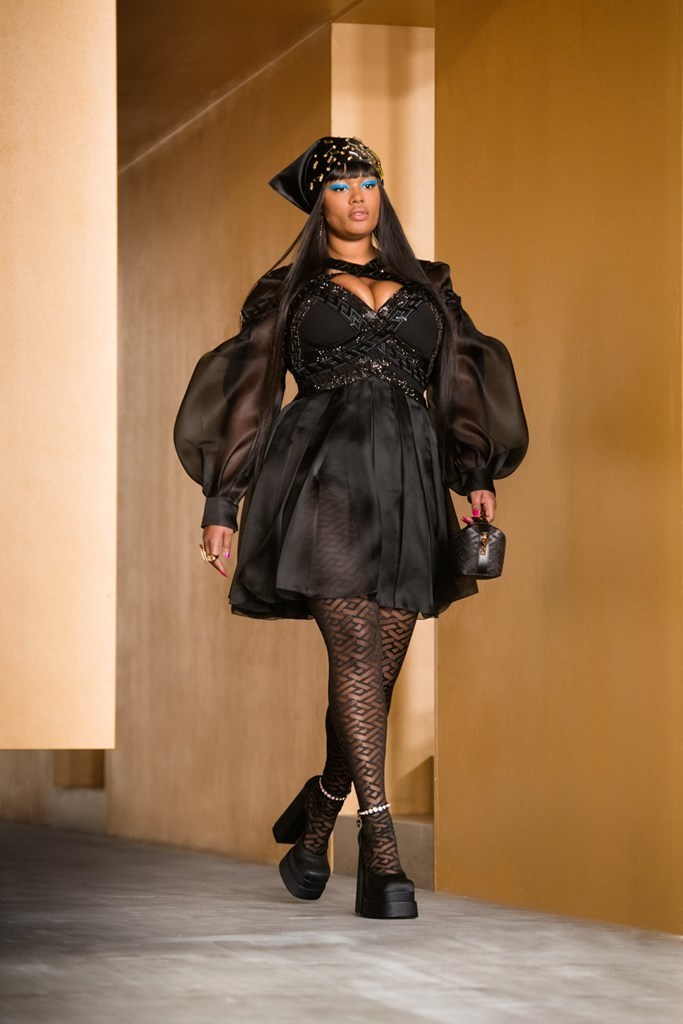 Versace_Fall2021_Fashionela (57)