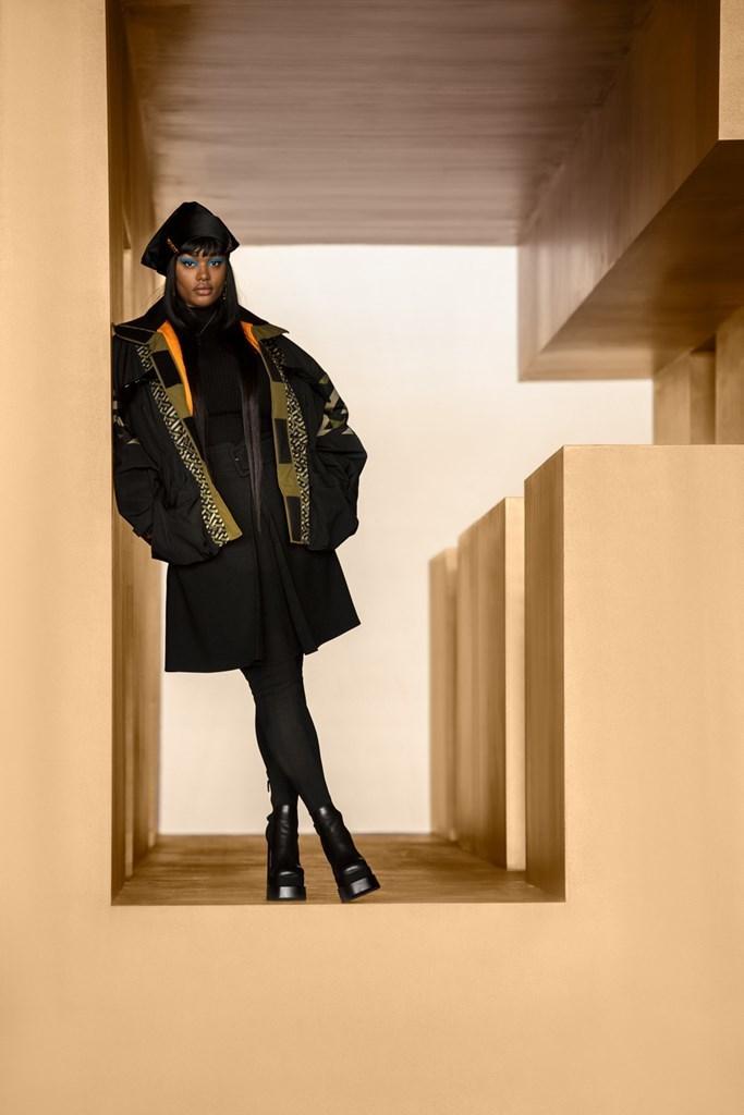 Versace_Fall2021_Fashionela (63)