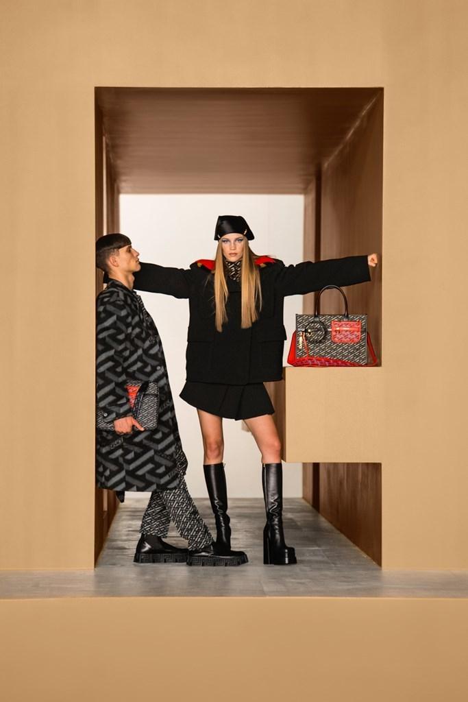 Versace_Fall2021_Fashionela (64)