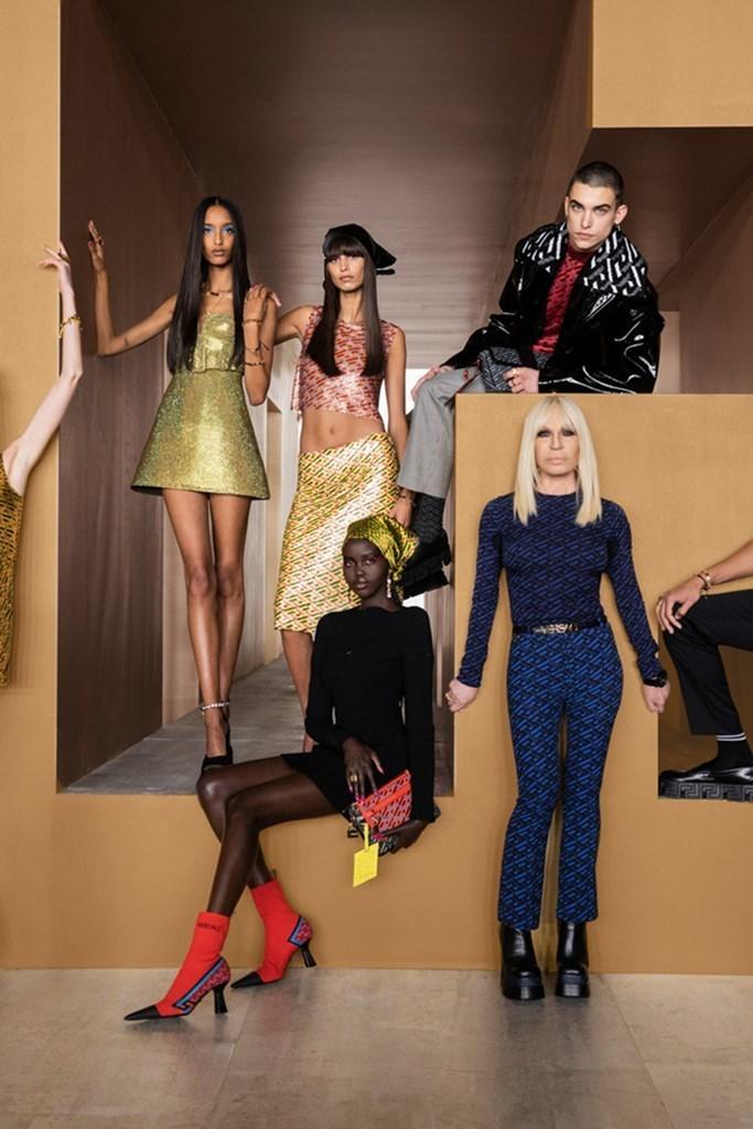 Versace_Fall2021_Fashionela (69)