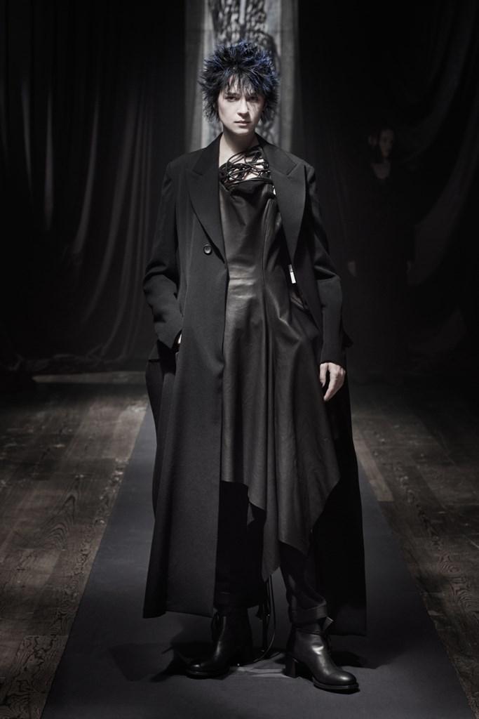 Yohji_Yamamoto_Fall2021_Fashionela (17)