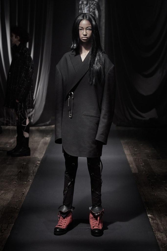 Yohji_Yamamoto_Fall2021_Fashionela (19)