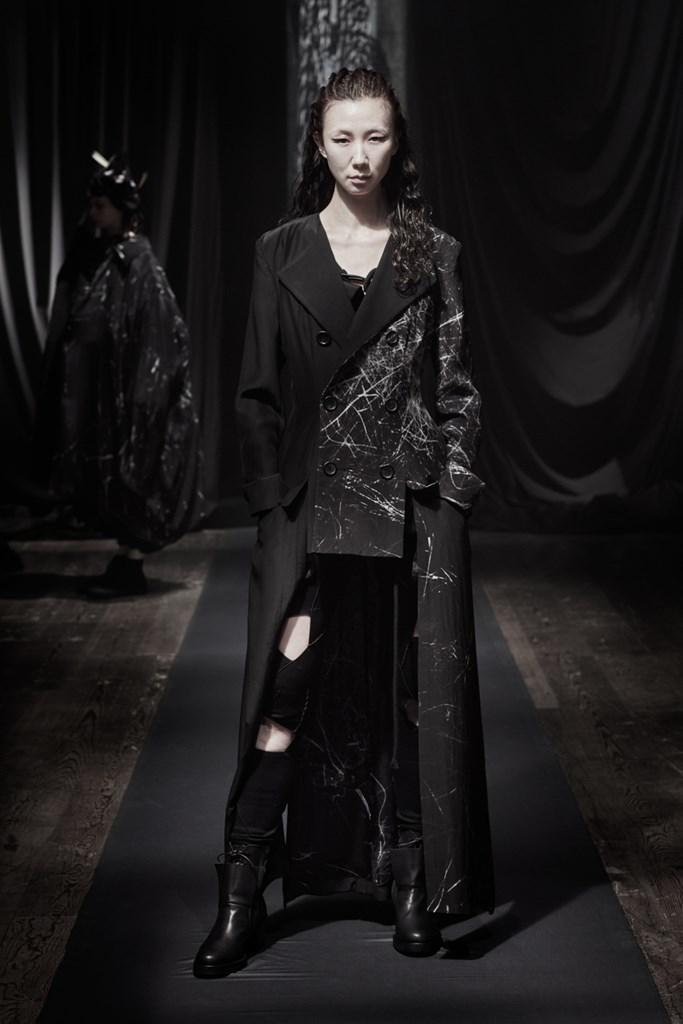 Yohji_Yamamoto_Fall2021_Fashionela (23)
