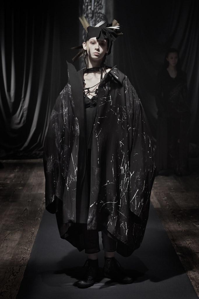 Yohji_Yamamoto_Fall2021_Fashionela (24)