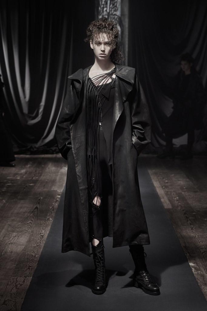 Yohji_Yamamoto_Fall2021_Fashionela (29)
