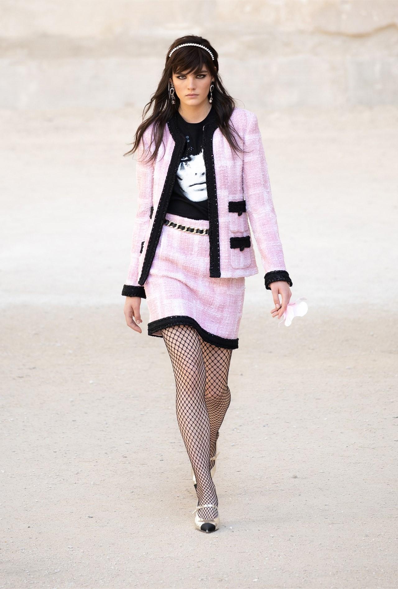 Chanel_Cruise_2022_Fashionela (12)