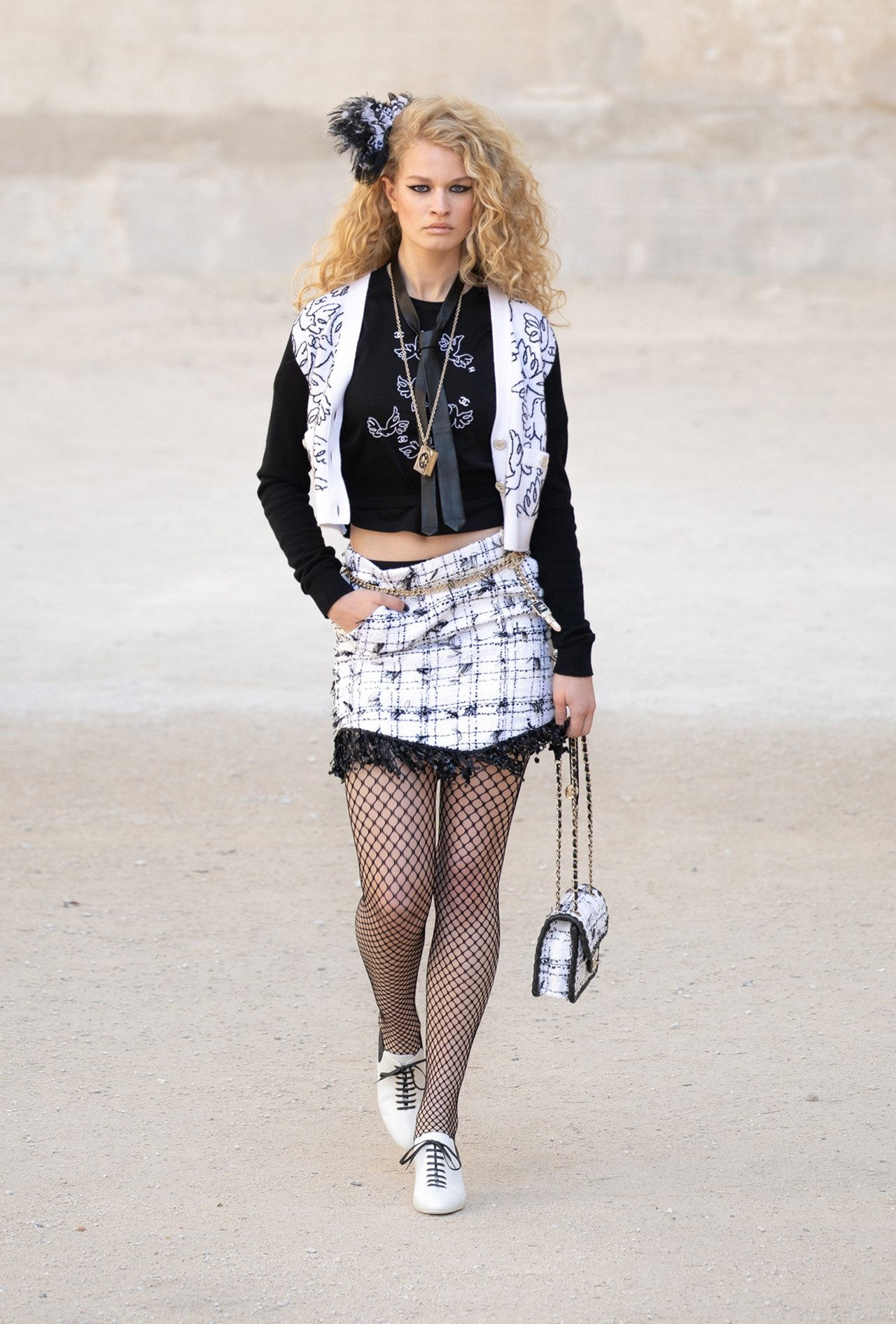 Chanel_Cruise_2022_Fashionela (22)