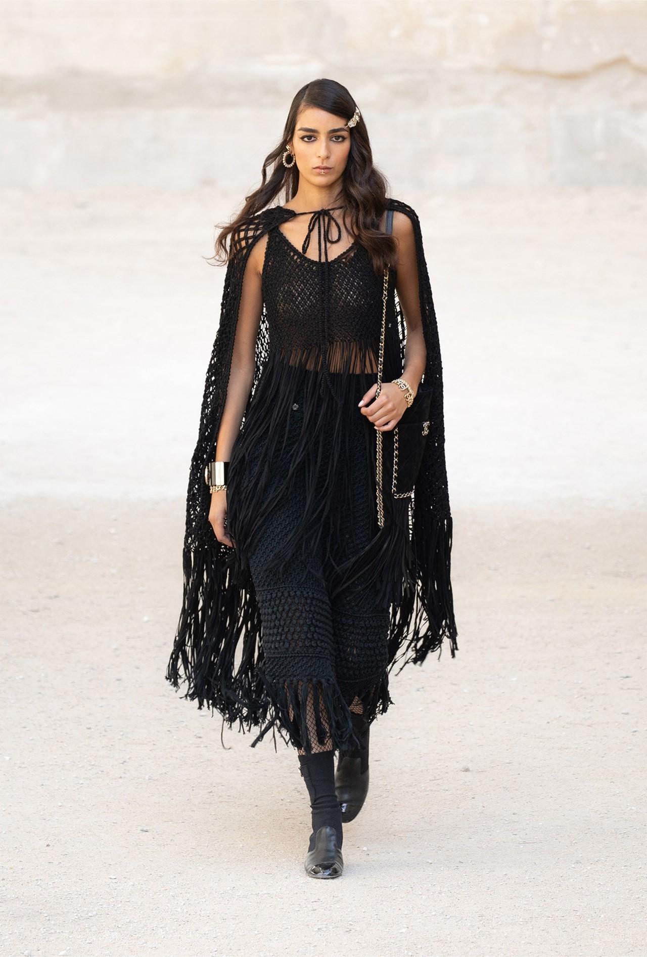 Chanel_Cruise_2022_Fashionela (28)