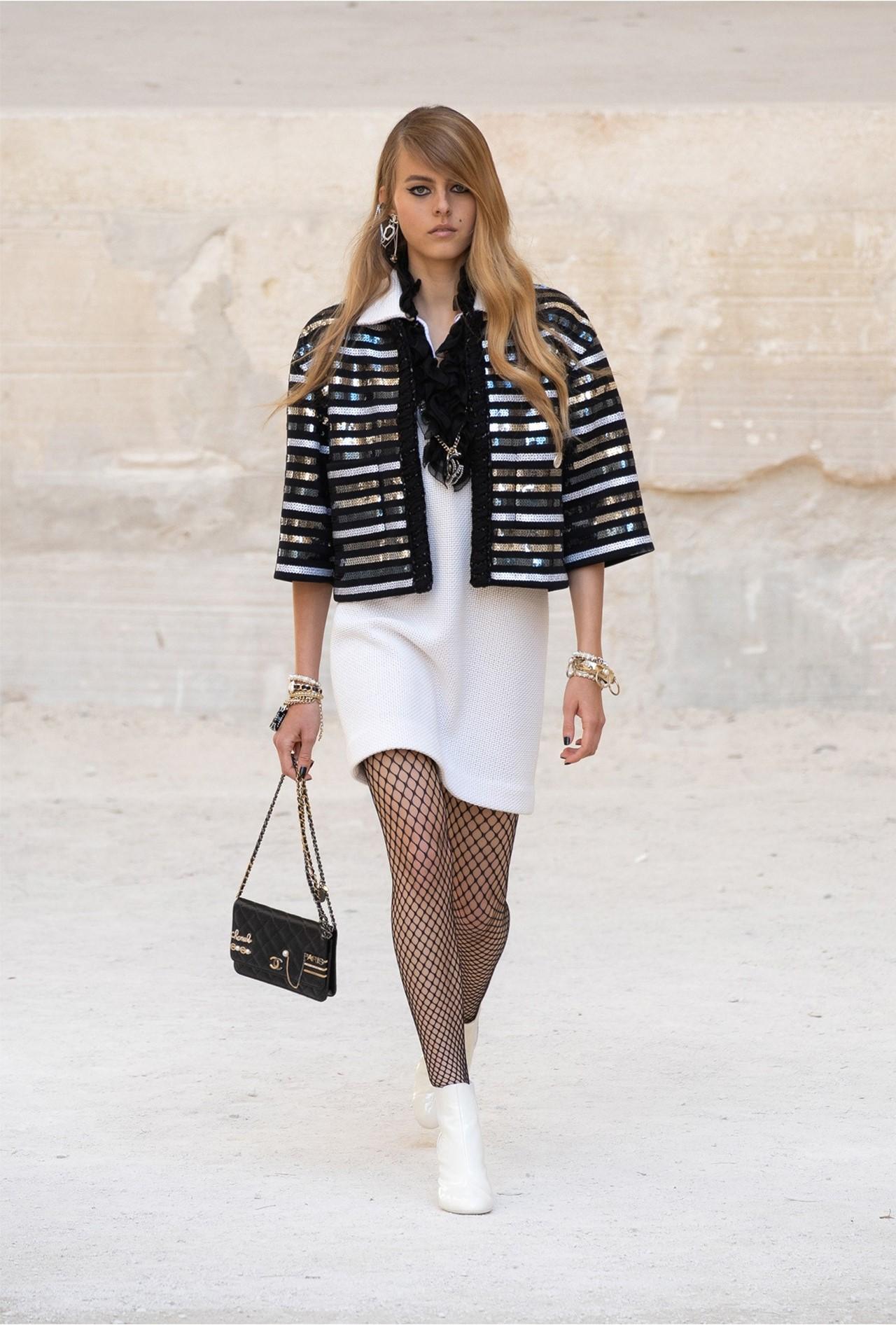 Chanel_Cruise_2022_Fashionela (32)