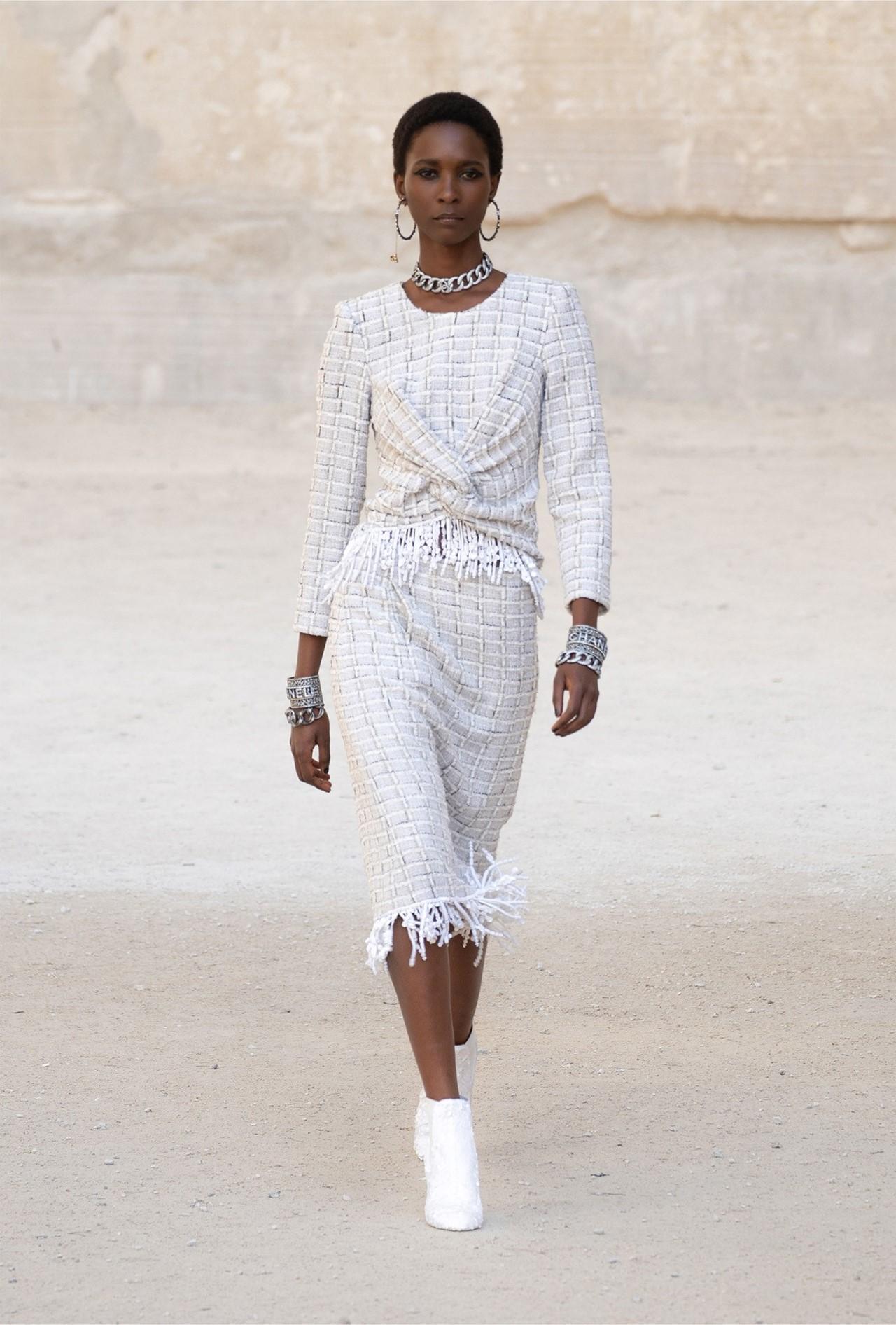 Chanel_Cruise_2022_Fashionela (34)