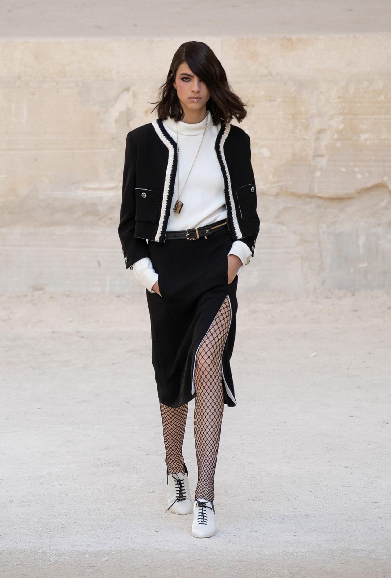 Chanel_Cruise_2022_Fashionela (4)