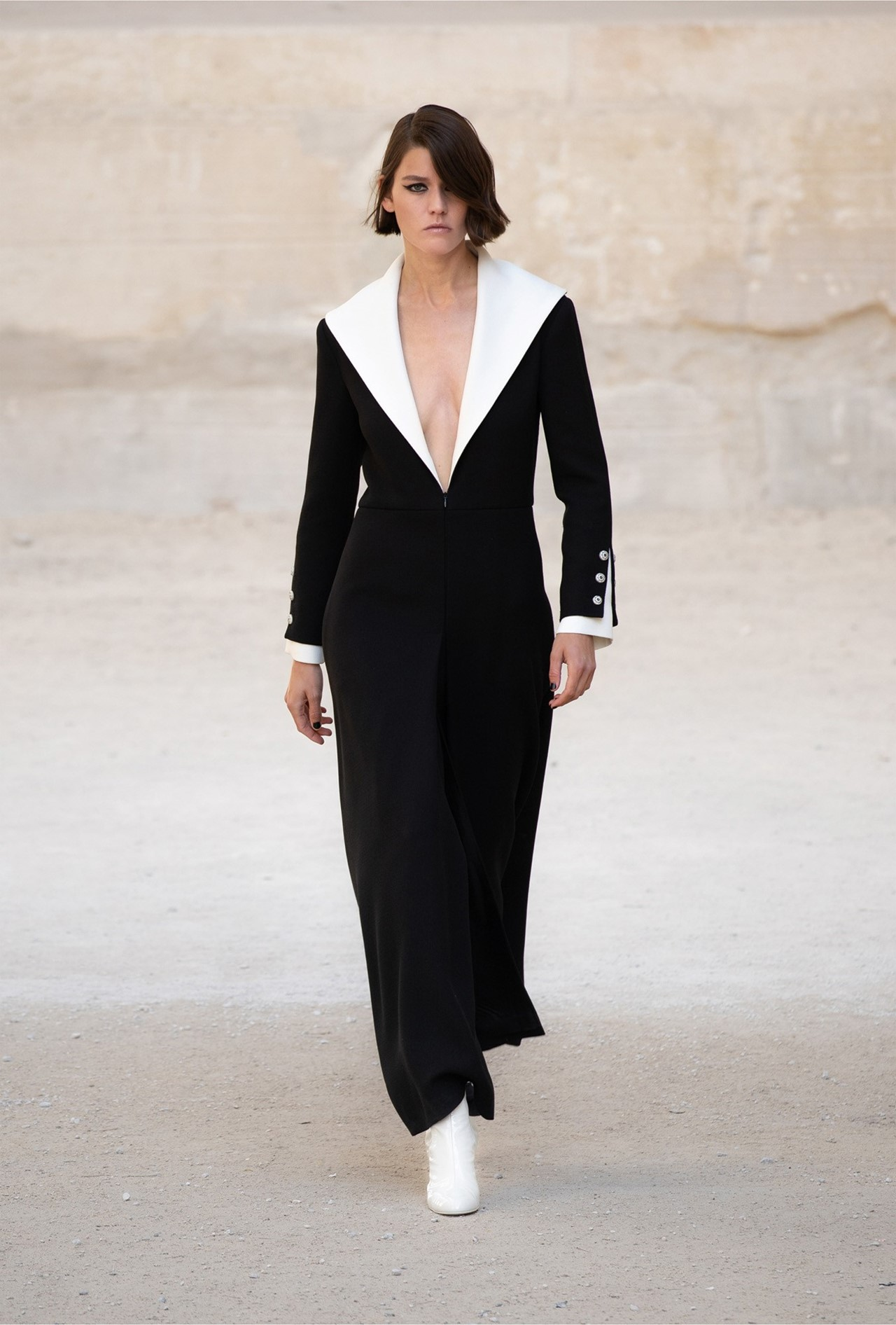Chanel_Cruise_2022_Fashionela (6)