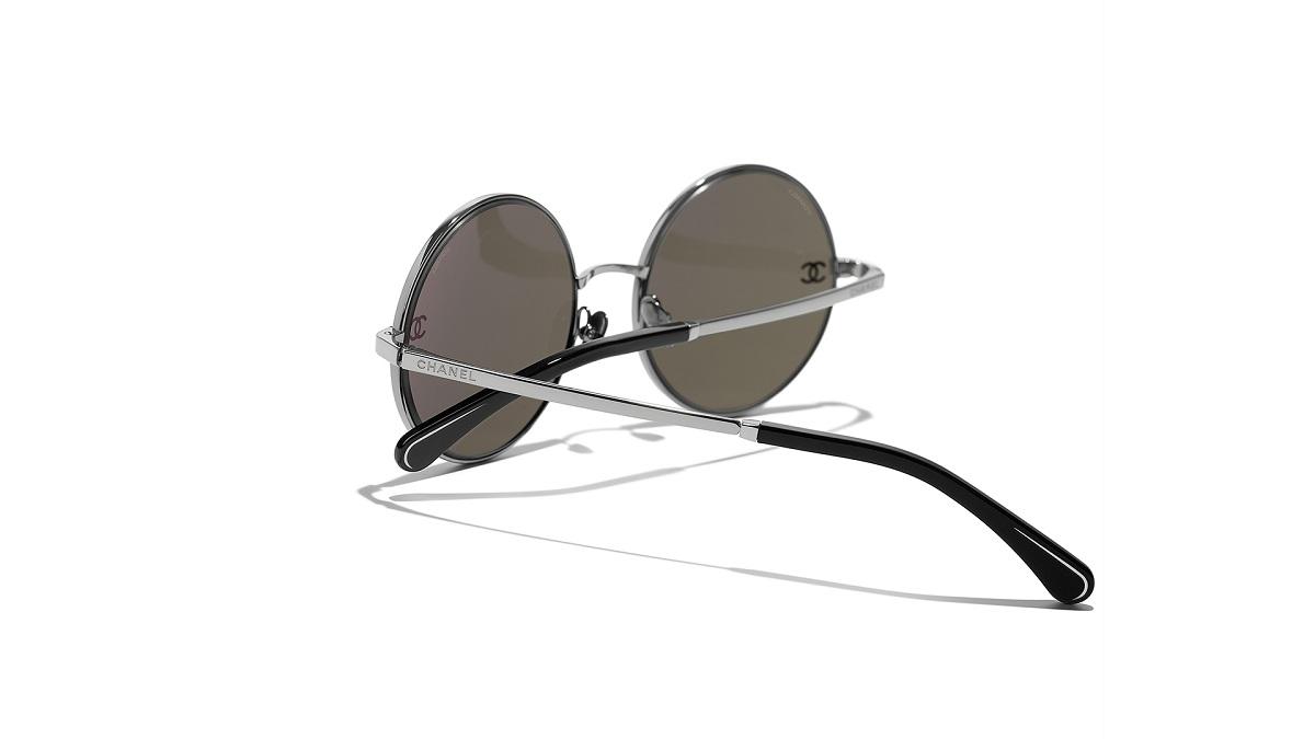 Chanel_Fall2021_Eyewear_Fashionela