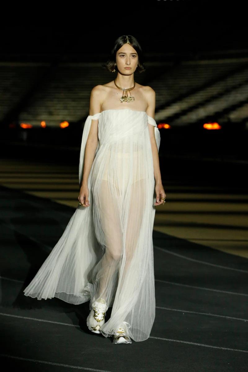 Dior_Cruise_2022_Fashionela (7)