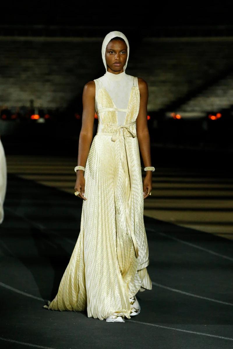 Dior_Cruise_2022_Fashionela (82)