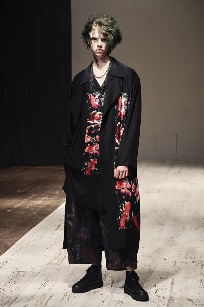 Yohji_Yamamoto_SS22_Fashionela (20)