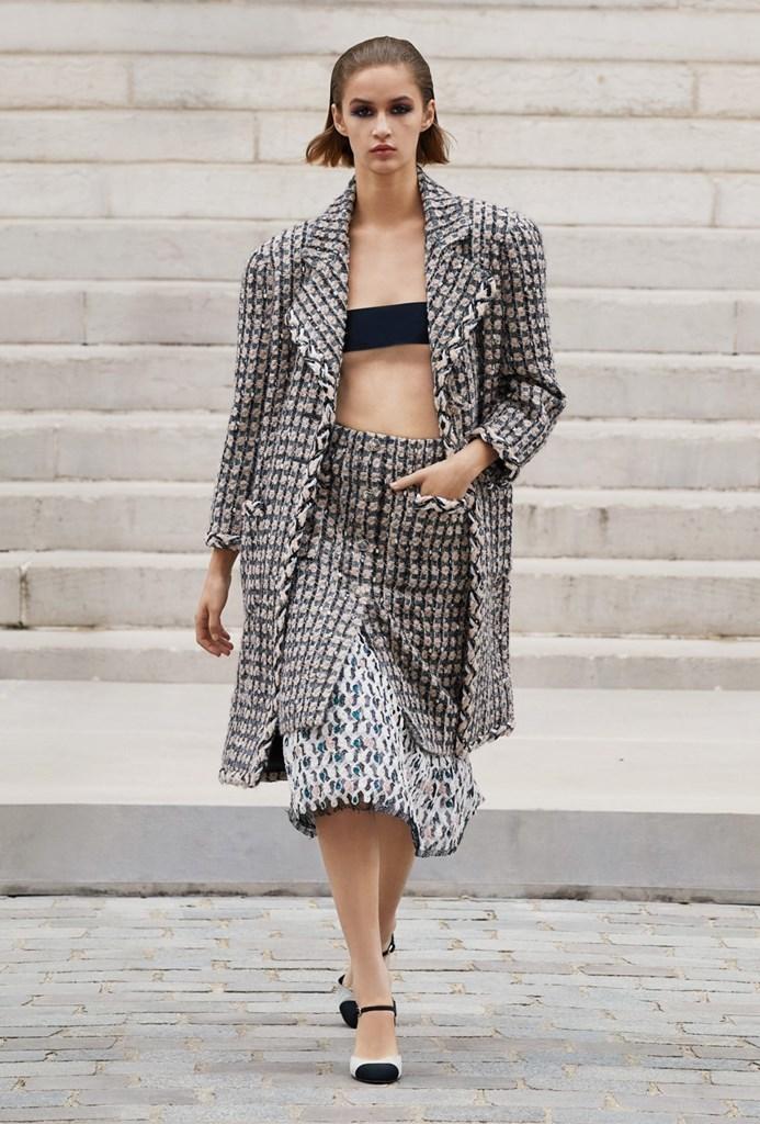 Chanel_Fall2021_Couture_Fashionela (10)